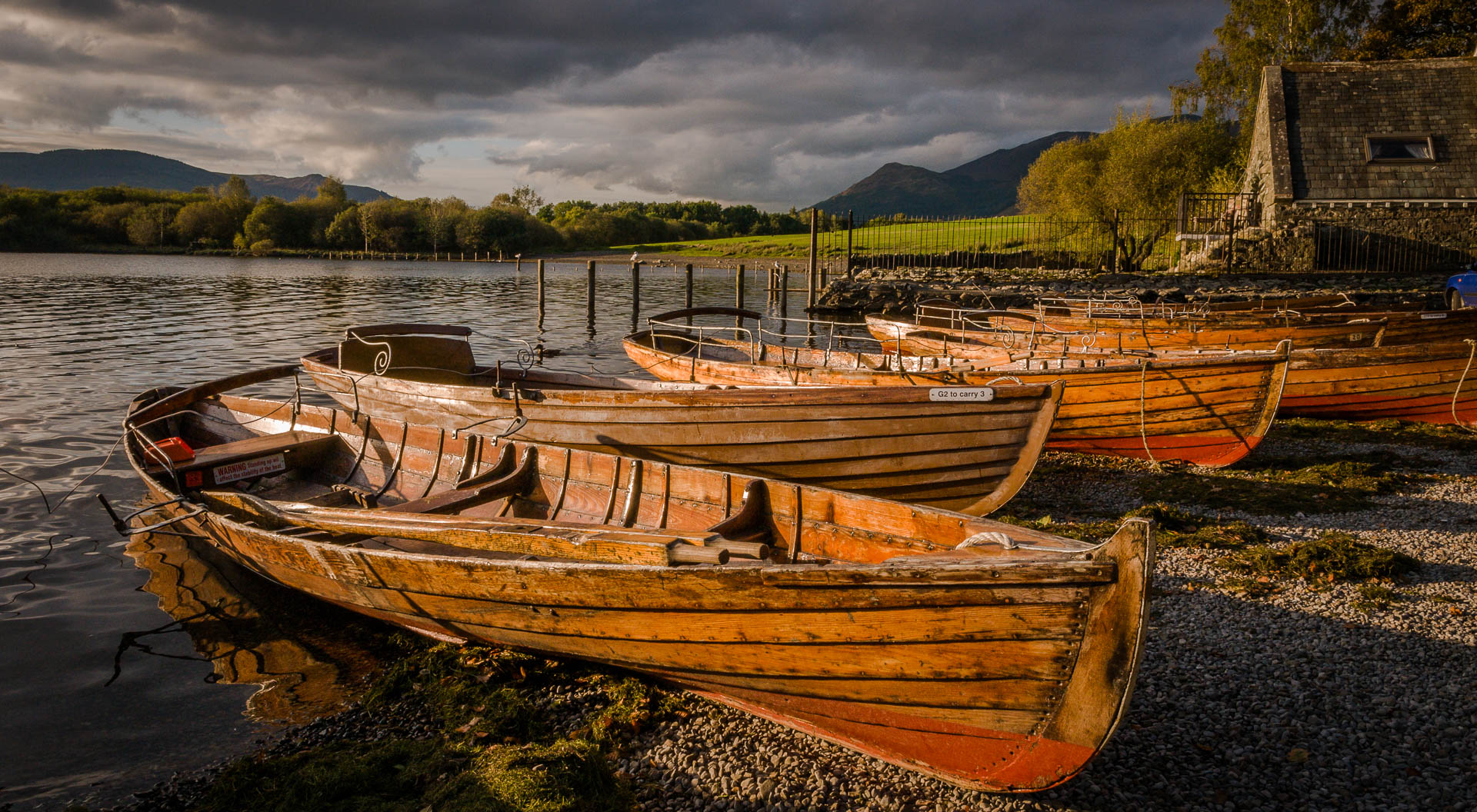 boats-at-derwentwater-slider